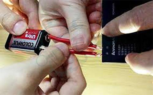 تعمیر باتری گوشی موبایل با باتری دیگر