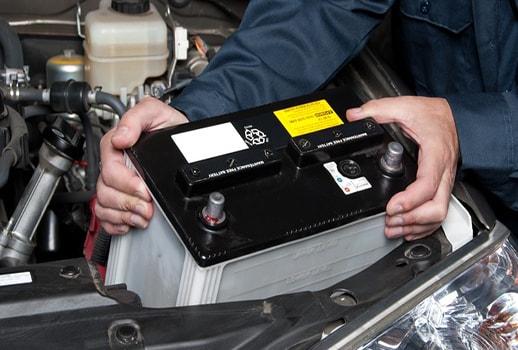 عکس کارگاه برق خودرو