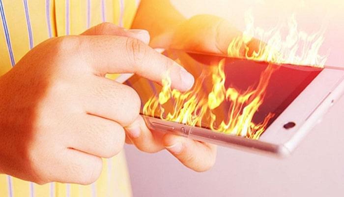 رفع مشکل داغ شدن گوشی