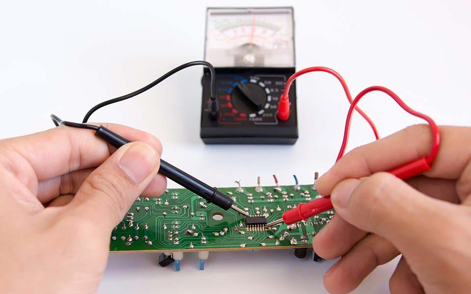 عیب یابی و تعمیر بردهای الکترونیکی (PCB)