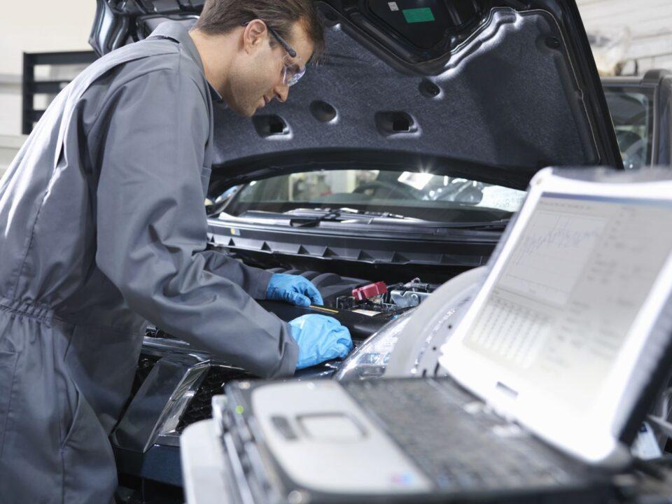 کارکرد و آینده شغلی ایسیو خودرو